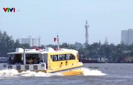 Trải nghiệm bus đường sông ở TP.HCM