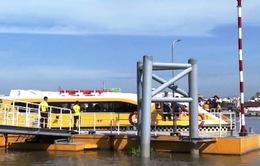 Hết trợ giá, bus đường sông ở TP.HCM vẫn đông khách