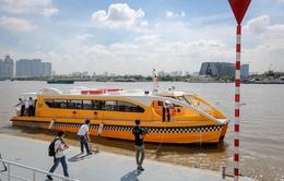 Trải nghiệm tuyến bus đường sông đầu tiên tại TP.HCM