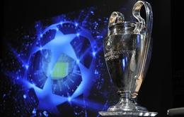 UEFA đổi vị trí trao cúp Champions League và Europa League
