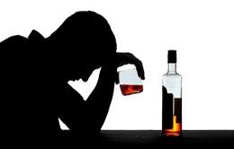 Cách xử trí khi bị ngộ độc methanol vì uống rượu