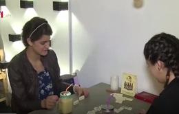 Quán cà phê cho người khiếm thính ở Colombia