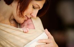 Cái ôm đầu tiên có thể ngăn ngừa tử vong ở trẻ sơ sinh