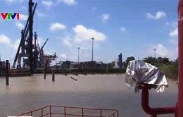 Nguy cơ cháy nổ do vi phạm khoảng cách ở cảng dầu khí