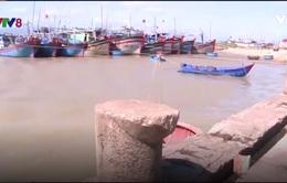 Phú Yên: Ngư dân gặp khó khi cảng cá bị bồi lấp