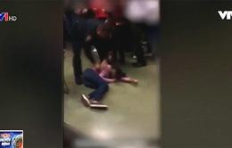 Mỹ: Cảnh sát quật ngã học sinh 15 tuổi xuống sàn
