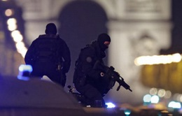 Hàng xóm sửng sốt khi biết nghi can xả súng tại Pháp
