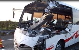 Vụ TNGT trên cao tốc TP.HCM-Trung Lương 2 người tử vong: Do xe tải nổ lốp