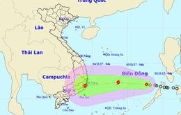 Áp thấp nhiệt đới đã vào biển Đông, lũ một số sông miền Trung đang lên