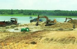 Tạm ngưng toàn bộ hoạt động khai thác cát trong hồ Dầu Tiếng