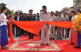 Khánh thành Đài Hữu nghị Việt Nam - Campuchia ở tỉnh Stung Treng