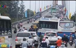Giao thông trên cầu Rạch Miễu (Tiền Giang) đã thông thoáng