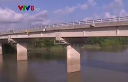 """Quảng Trị: Thiếu vốn, cầu """"trăm tỷ"""" xây dựng dang dở, bị bỏ hoang"""