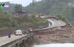 Quảng Trị khắc phục hư hỏng giao thông miền núi sau mưa lũ