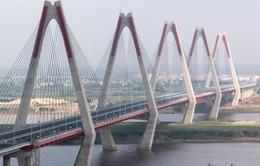 Cầu Nhật Tân vương vãi đất đá, Ủy ban ATGT Quốc gia đề nghị xử lý
