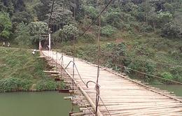 Hiểm họa từ những cây cầu treo xuống cấp