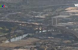 New York phá hủy cây cầu cũ gần 80 tuổi