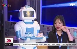 Trải nghiệm robot phục vụ cafe đầu tiên tại Hà Nội