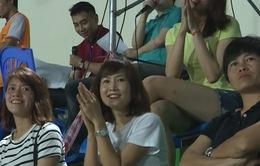 Cựu tuyển thủ Ngọc Châm cổ vũ tinh thần cho ĐT nữ Việt Nam