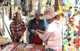 """Tây Ninh thưởng tiền cho người phát hiện tình trạng """"chặt chém"""" du khách"""