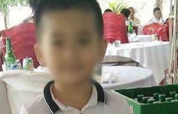 Phát hiện con dao gần nơi thi thể bé trai bị mất tích ở Quảng Bình