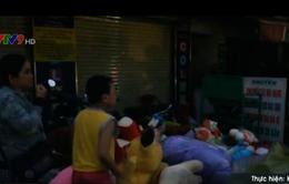 TP.HCM: Cửa hàng bán gấu bông phát hỏa, nhiều người bỏ chạy