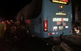 Cháy xe khách tại Quảng Bình, hàng chục hành khách hoảng loạn