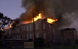 Mỹ: Cháy lớn tại trường tiểu học