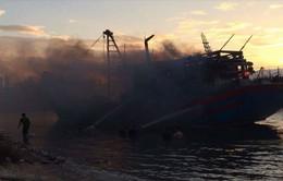 Video: Cháy tàu cá tại âu thuyền Thọ Quang, Đà Nẵng