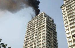 Cháy lớn tại chung cư trên đường Hoàng Hoa Thám, Hà Nội