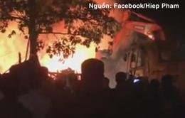 Cháy lớn dãy cửa hàng Bách hóa tổng hợp Thái Nguyên