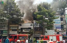 Căn nhà 3 tầng tại TP.HCM bất ngờ bốc cháy