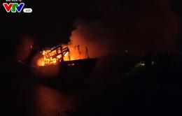 Quảng Ngãi: Cháy hai tàu cá, thiệt hại hàng trăm tỷ đồng