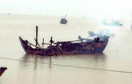 Quảng Trị: Cháy 2 tàu cá của ngư dân, thiệt hại gần 4 tỷ đồng