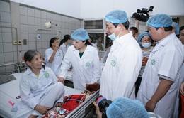 Hà Nội yêu cầu 5 bệnh viện tiếp nhận bệnh nhân chạy thận của Hòa Bình