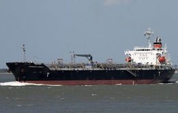 Triển khai công tác cứu hộ tàu bị mắc cạn ở Bình Thuận