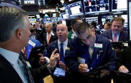 Chỉ số công nghiệp Dow Jones xác lập mức cao kỷ lục