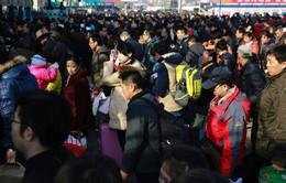 Kinh tế khó khăn, người Trung Quốc khó về quê ăn Tết