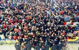 Lao động Trung Quốc ồ ạt về quê ăn Tết