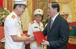 Chủ tịch nước gặp mặt đại biểu thương binh, thân nhân liệt sĩ cảnh sát nhân dân