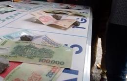 Xâm nhập đường dây cờ bạc bịp tại khu vực đền Đức Thánh Cả