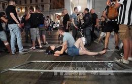 Hàng trăm cổ động viên Juventus bị thương khi xem bóng đá ở Turin