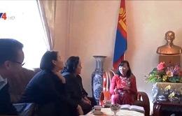 ĐSQ Việt Nam tại Mông Cổ làm việc với Hội Du học sinh Mông Cổ tại Việt Nam