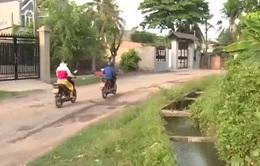 Đồng Nai: Hiểm họa từ kênh thủy lợi đi qua khu dân cư