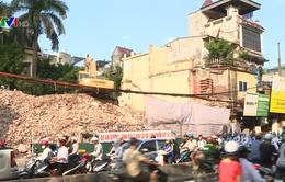 Hà Nội: Dân khổ vì những công trình giao thông chậm tiến độ