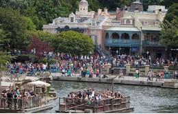 Disneyland ngừng hoạt động các tháp giải nhiệt do bùng phát dịch khuẩn Legionella
