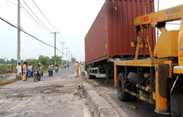 TP.HCM: Xử phạt hàng chục xe container dừng, đỗ sai quy định