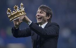 HLV Conte tiếp tục gắn bó với Chelsea thêm 2 năm