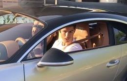 """Lập mốc mới tại Real, C.Ronaldo khoe ngay siêu xe """"thửa"""" riêng siêu đắt"""