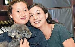 Con gái ngoài giá thú của Thành Long từng bị mẹ nghi ngờ giới tính